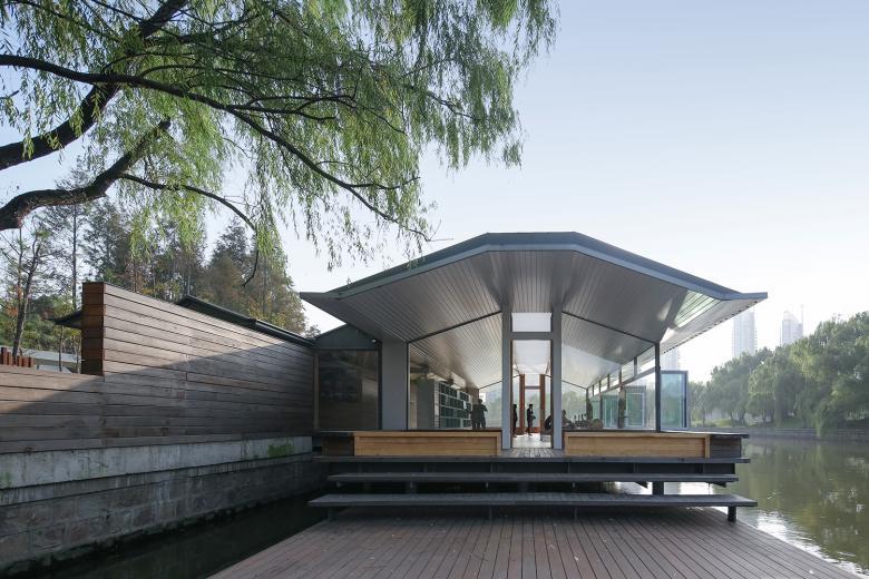 Scenic Architecture